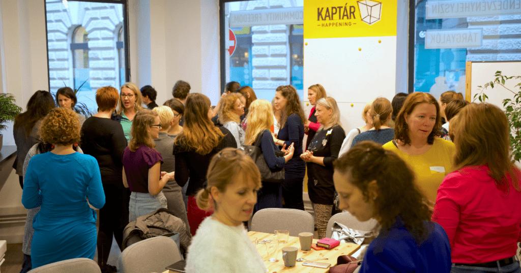 Szuperanyák, szuper vállalkozók – Mompreneurs a KAPTÁRban