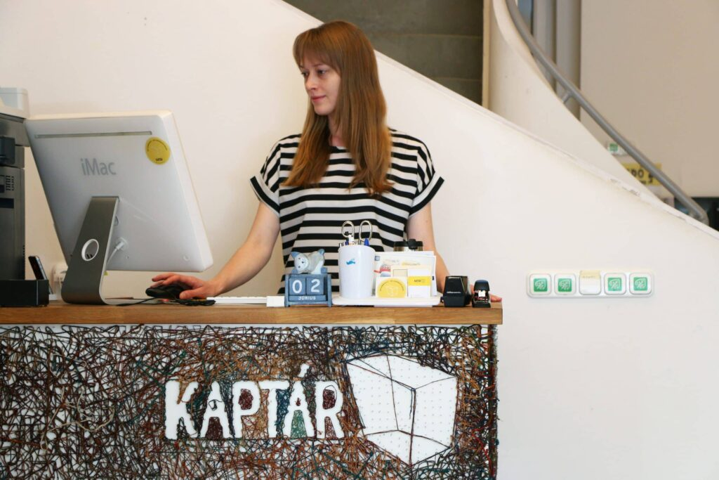 Recepció. KAPTÁR coworking Budapest