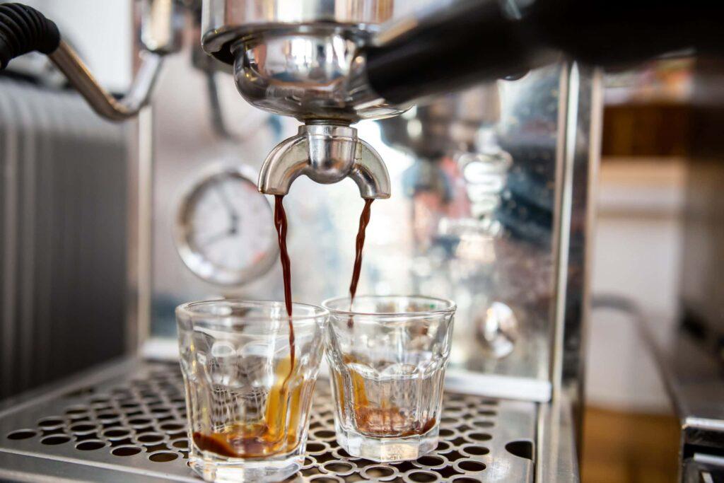 Kávé korlátlan mennyiségben. KAPTÁR coworking Budapest